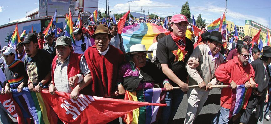 Ecuador, Quito: A march of Ecuadorean indigenous people arrives in Quito on July 1, 2014 protesting for the Water Law that withdraws the right of the natives to administrate the water sources in their territories. © AFP Photo/Juan Cevallos